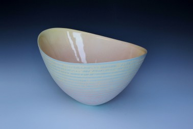 OVAL STRIATED BOWL