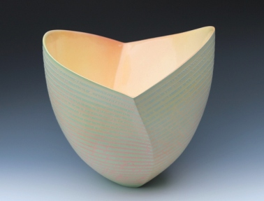 Striated twisting Bowl